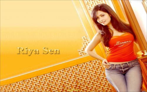 riya sen hot wallpaper