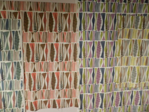 lucienne day wallpaper